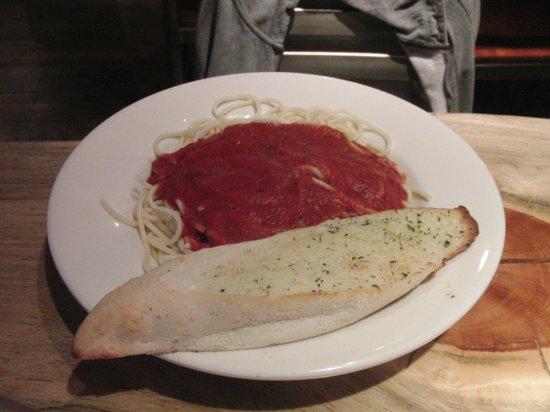 John's Pizza Works: Spaghetti with tomato sauce