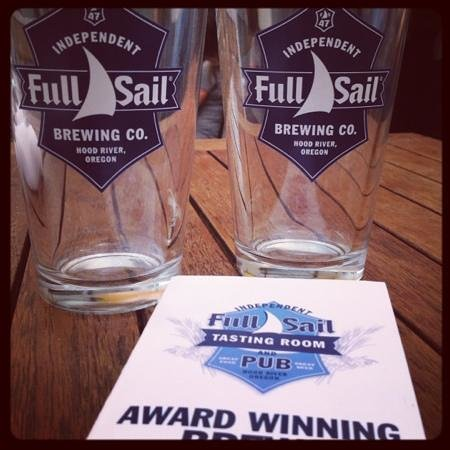 Full Sail Brewing Company: free pint glasses for taking tour