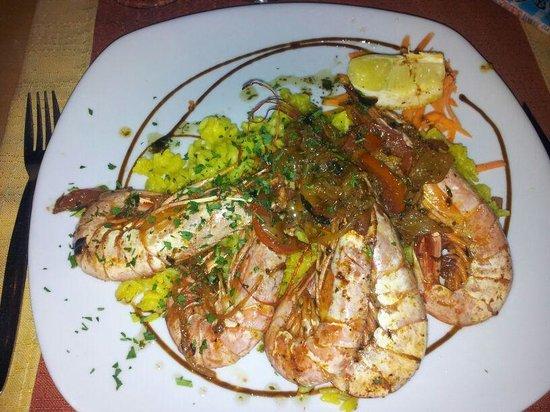 The New Buccaneers Restaurant: king prawns!!!