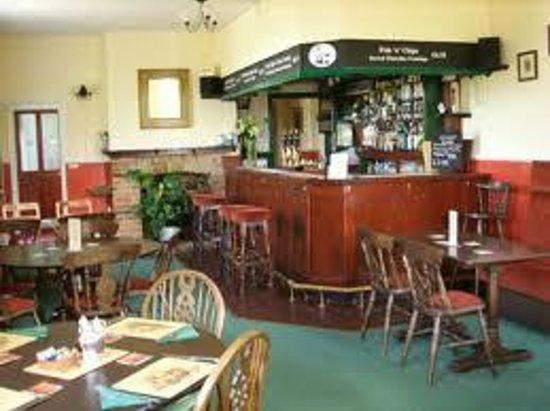 The Crown Inn Weybread: The Bar & Restaurant