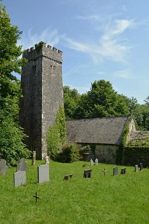 St. Lawrence Country Guest House: The Ancient Church of St Lawrence