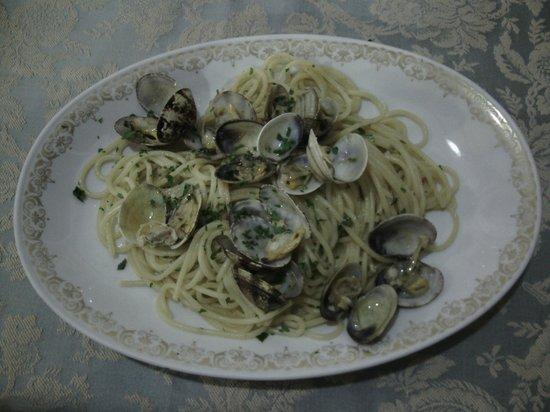 Il Capriccio: primo piatto alle vongole veraci
