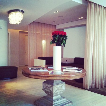 Guerlain Spa: Lovely waiting area.