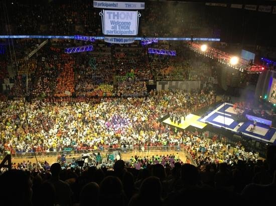 Penn State University: opening of 2013 Thon