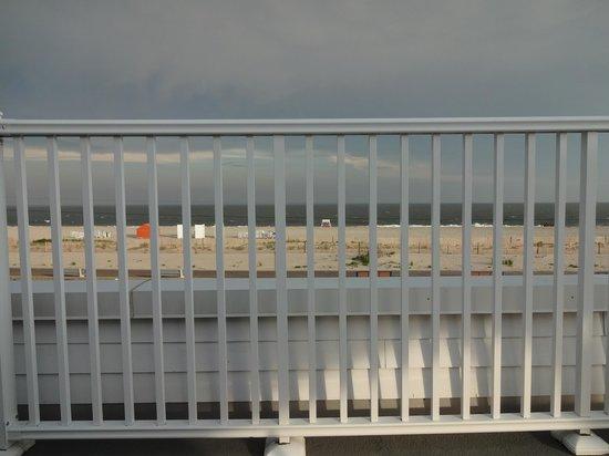 كابري موتور لودج: View from the 3rd floor deck