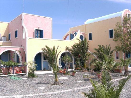 Alisaxni Resort: the entrance