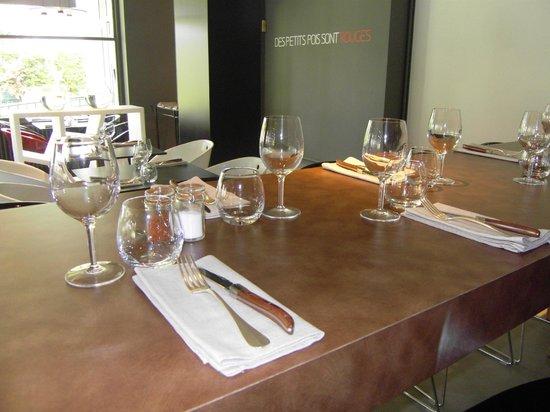 Hôtel le Miramont : Table d'hôtes jusqu'à 10 pers au restaurant Des Petits Pois Sont Rouges, au LOGIS Hôtel le Miram