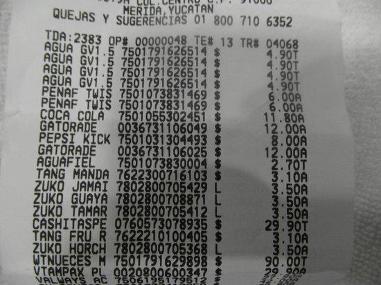 Los Aluxes: nota que demuestra el costo real de agua que compre en super contra la de hotel a 10.00