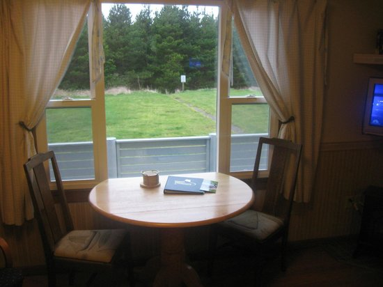 The Anchorage Cottages: Room with a view