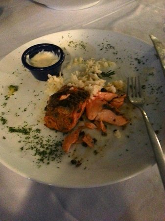 Golden Parnassus All Inclusive Resort & Spa Cancun: Salmon at the Pier