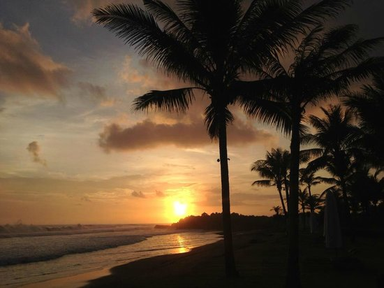 Soori Bali: Sunset on the first night of our honeymoon