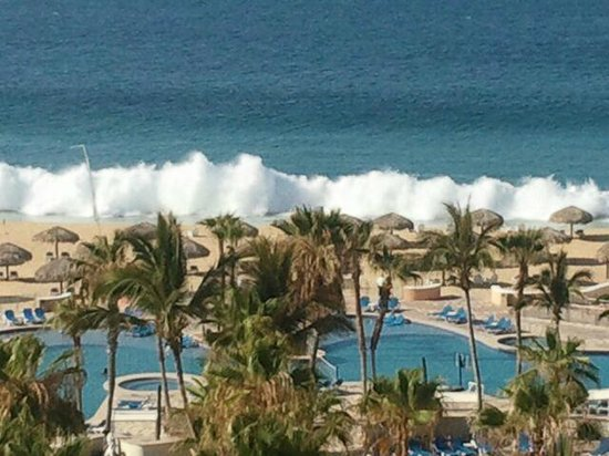 Sandos Finisterra Los Cabos: Pacific Ocean- Dangerous no swimming