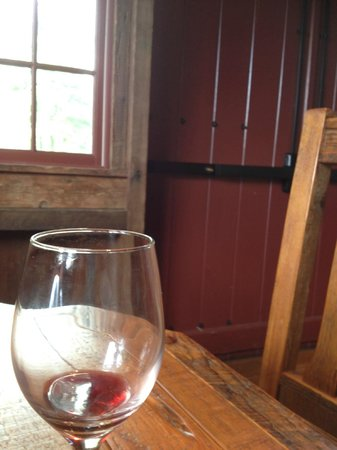 The Inn at Grace Winery : wine tasting