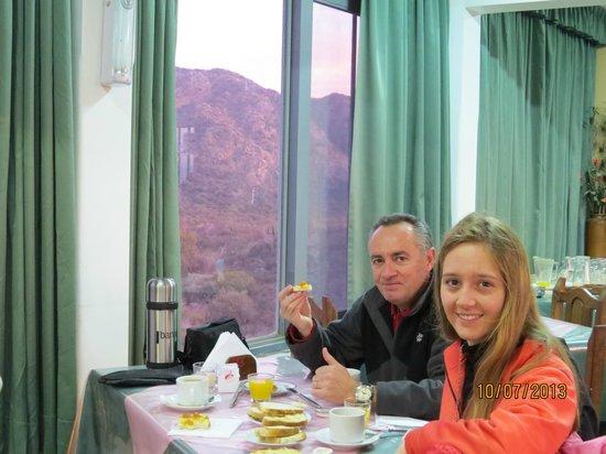 Hosteria Valle Fertil: Desayuno