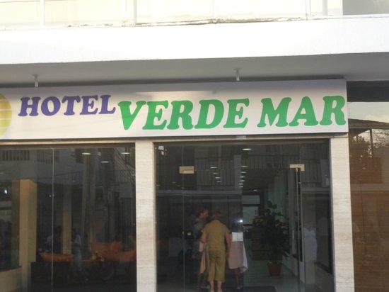 Hotel Verde Mar: fuera del hotel