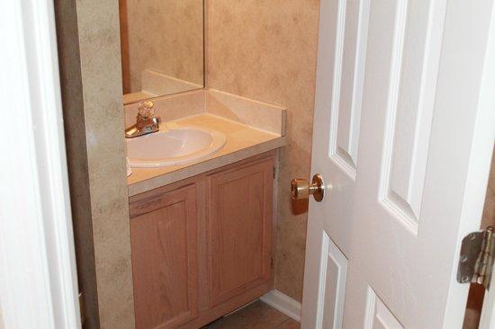Fernwood Resort: Very nice bathroom