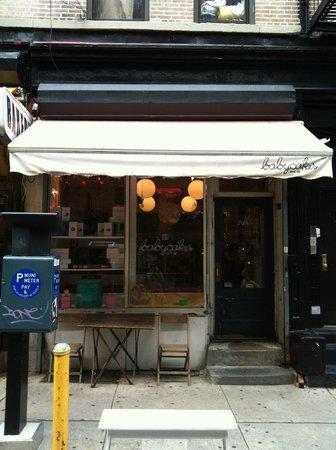 Erin McKenna's Bakery : Storefront