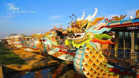 Thua Thien - Hue Province, Wietnam: Hue tours - Dragon boat - hue deluxe group tour