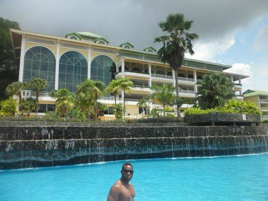 Gamboa Rainforest Resort: View from pool