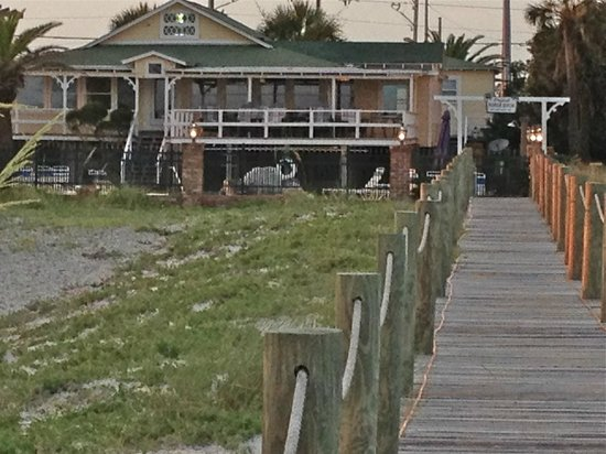 The Original Romar House Bed & Breakfast Inn: view of the Romar House from the beach boardwalk
