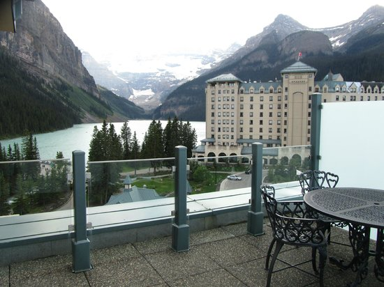 Fairmont Chateau Lake Louise: View from our balcony