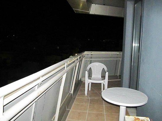Iraklion Hotel: balcony