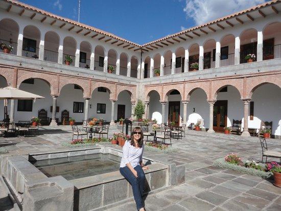 JW Marriott El Convento Cusco: Courtyard at JW Marriott, Cusco