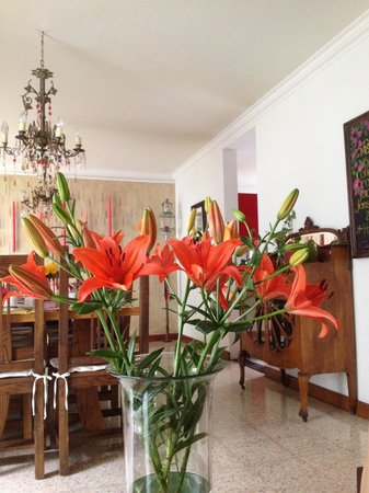 Casa de Las Bugambilias B&B: breakfast room