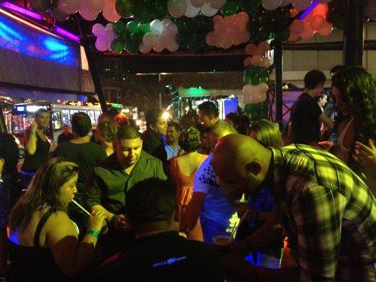 Congo Bar : Crowd