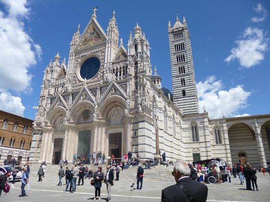 Alessandro Cammilli Private Tours: Siena