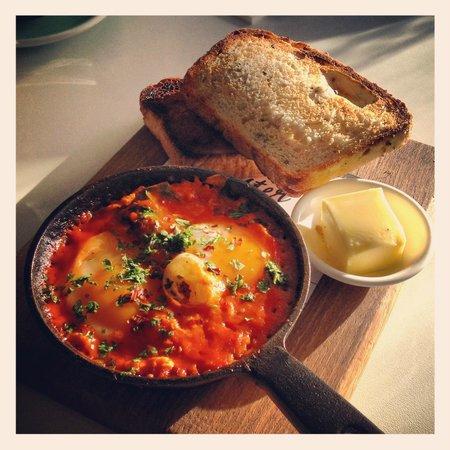 The Oyster Inn : Baked eggs for breakfast.