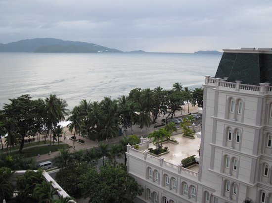 Sunrise Nha Trang Beach Hotel & Spa: View from window