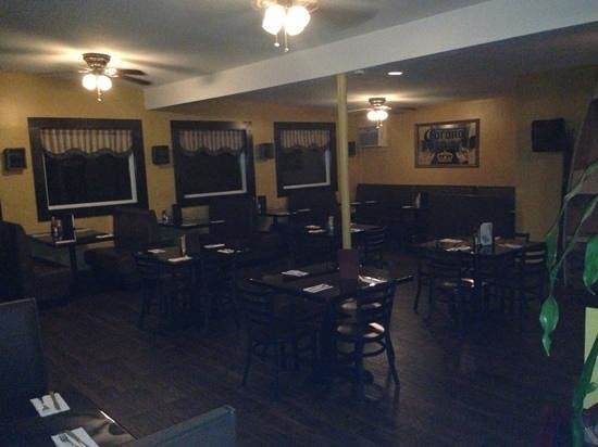 Jewett City, CT: dinning area