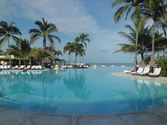 Grand Velas Riviera Nayarit: Infinity pool