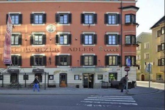 Hotel Schwarzer Adler: Außenansicht