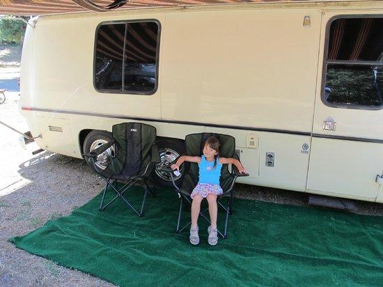 Yosemite Westlake Campground and RV Park: Having fun