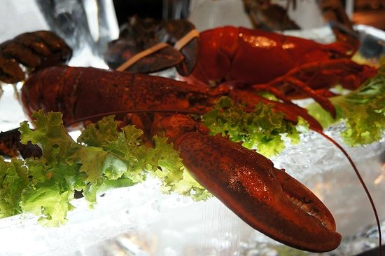 The Rain Tree Cafe: Fresh lobster