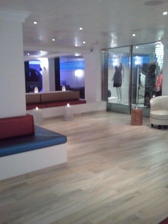 Allegria Hotel : BEAUTIFUL lobby
