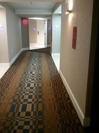 Allegria Hotel : hallways