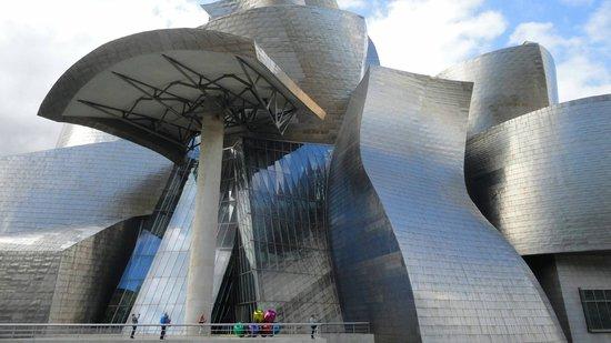 Hotel Holiday Inn Express Bilbao: The guggenheim Bilbao