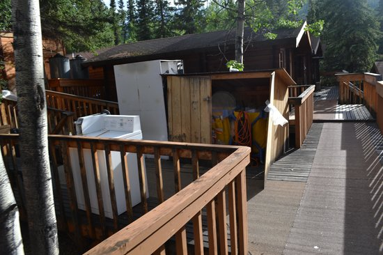 The Cabins at Denali Park Village: Broken equipment in the walkway