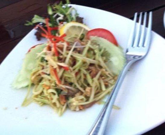 Pahn-Thai Restaurant: YUM MAMUANG  - Green Mango Salad