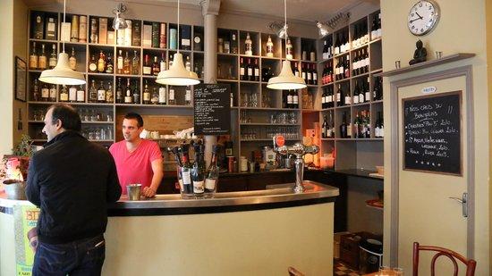 Le plan B: le bar du plan b et sa sélection de whiskys