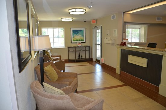 Candlewood Suites Washington, Dulles Herndon : the frontdesk-area