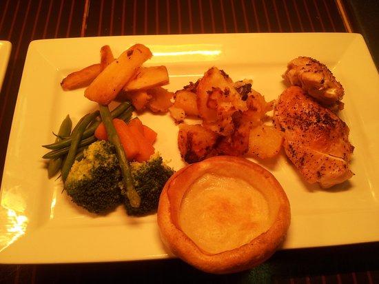 Xenis Cuisine: amazing sunday roast.