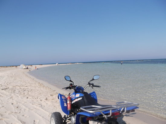 El Mouradi Djerba Menzel: quad bike on beach
