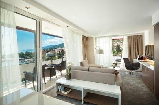 Remisens Premium Hotel Ambasador: Superior apartment