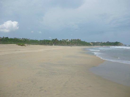 Hotel Suites Villasol: Vista del mar afuera del club playa villasol