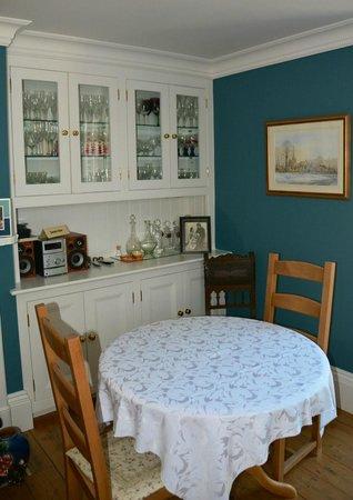 Knapwell Wood Farm: Breakfast Room