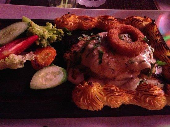 O'yes Restaurant: tüm etler harika ama favorimiz parizyen